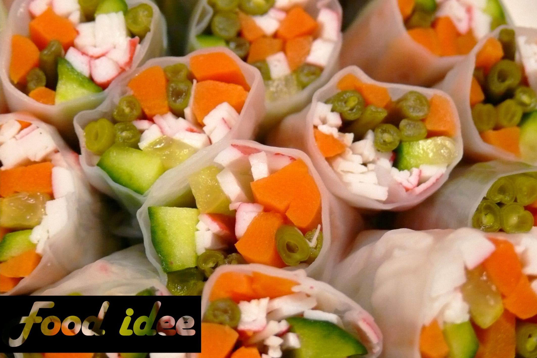 Rijstpapier loempia met zalm, tonijn en surimi